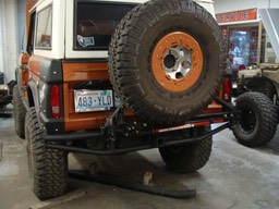 Bronco Bumper w/swing out tire rack