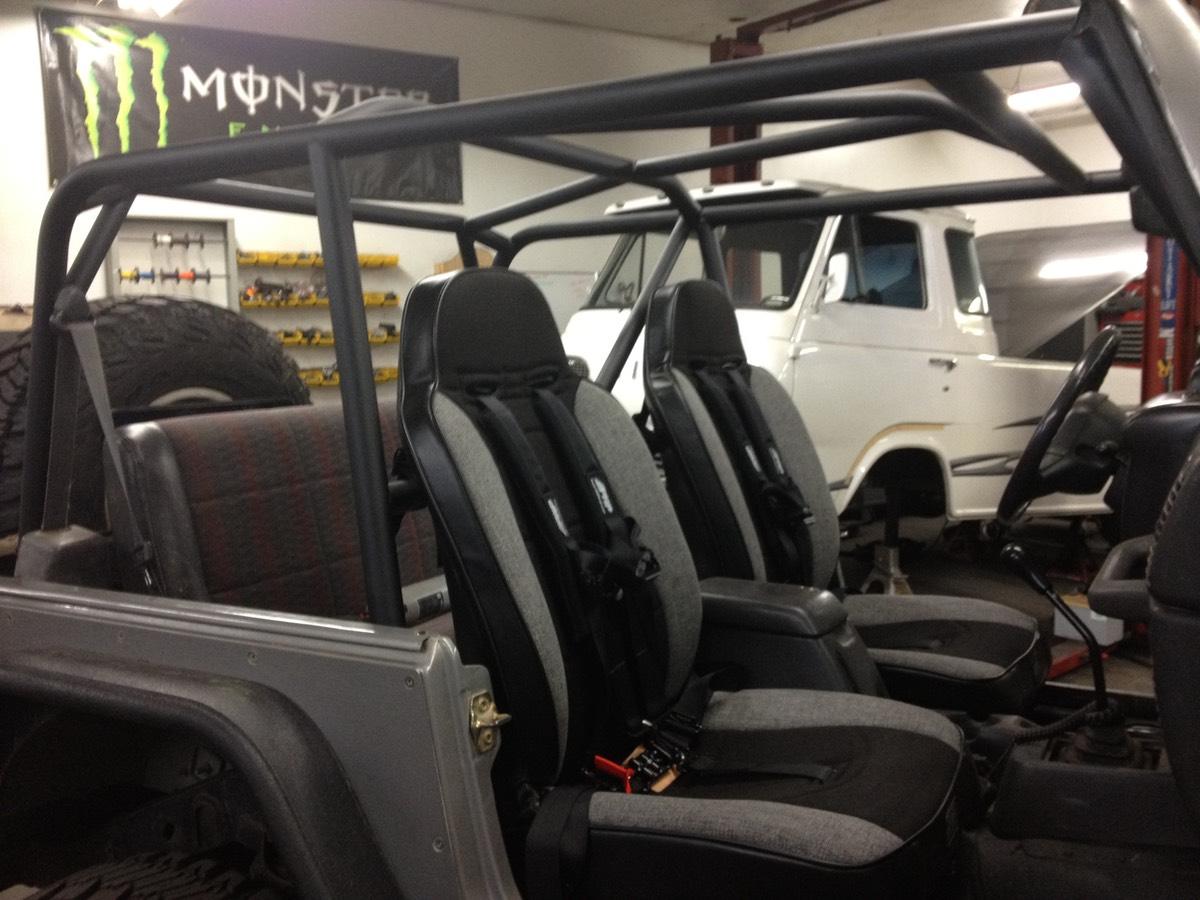 TJ Cage w/PRP Seats & Belts | Those Guys Rod & Customs