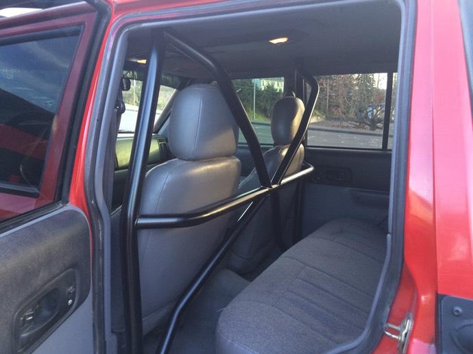 Xj Exterior Cage Jeepforum Com