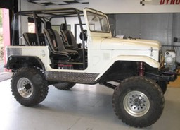 FJ40 Family Cage with PRP Seats